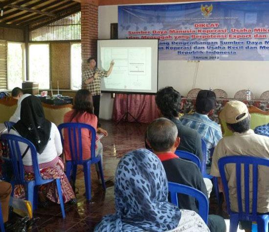 Babastudio Dalam Seminar  Penerapan Aplikasi IT Bagi KUMKM Di Tasik Dan Ciamis