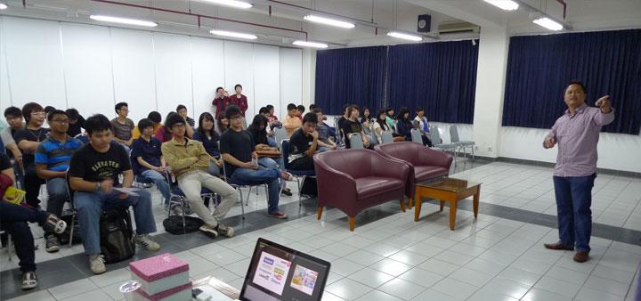 Babastudio.com mengadakan seminar Social Networking di UNTAR