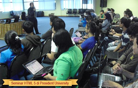 250 Mahasiswa President University menghadiri Seminar HTML 5 dari Babastudio.com